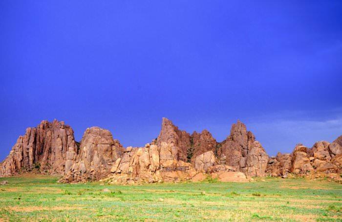 Jakie są najpiękniejsze miejsca do zwiedzania w Mongolii