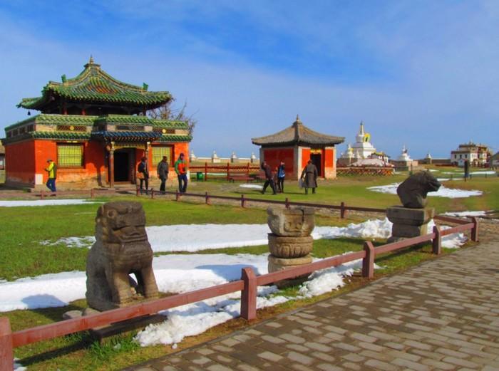 Klasztor Erdene Zuu