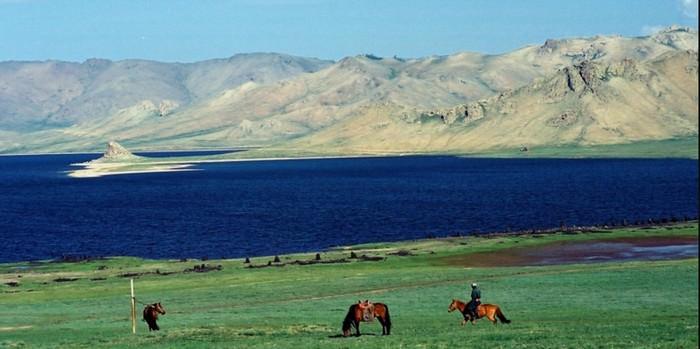 Jezioro Terkhiin Tsagaan