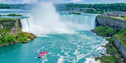 TOP 10 najlepszych miejsc do odwiedzenia w Kanadzie